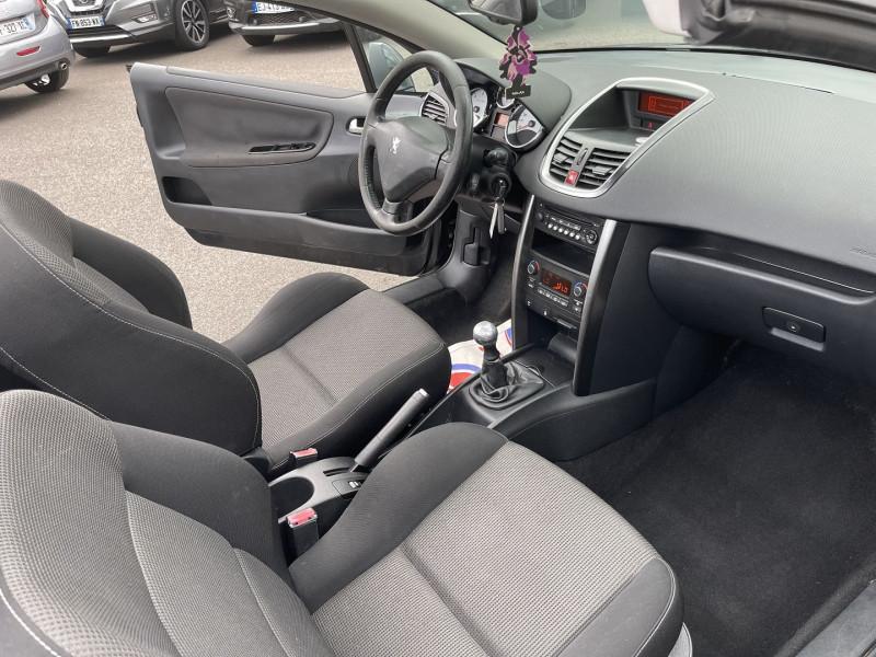 Photo 4 de l'offre de PEUGEOT 207 CC 1.6 HDI110 FAP SPORT à 6490€ chez Help car