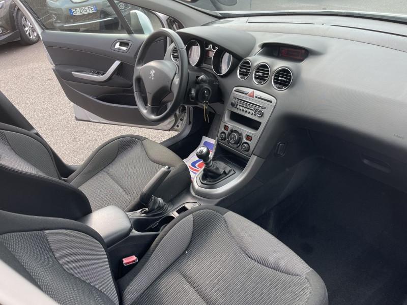 Photo 4 de l'offre de PEUGEOT 308 1.6 E-HDI112 à 5990€ chez Help car