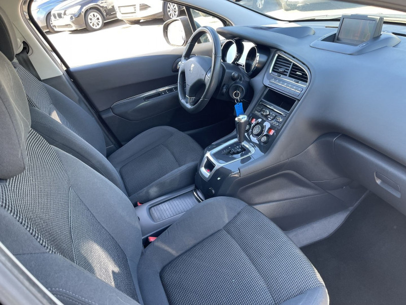 Photo 4 de l'offre de PEUGEOT 5008 2.0 HDI163 FAP ALLURE BA 7PL à 11490€ chez Help car