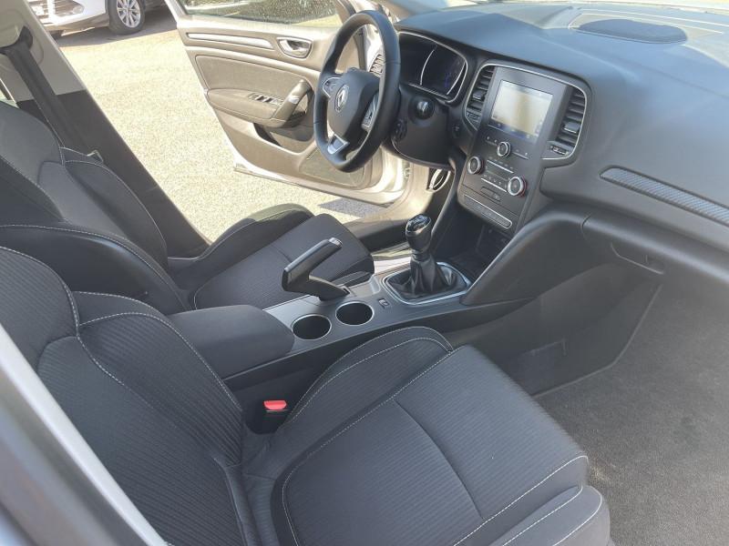 Photo 4 de l'offre de RENAULT MEGANE IV ESTATE 1.5 BLUE DCI 115CH BUSINESS INTENS à 14490€ chez Help car