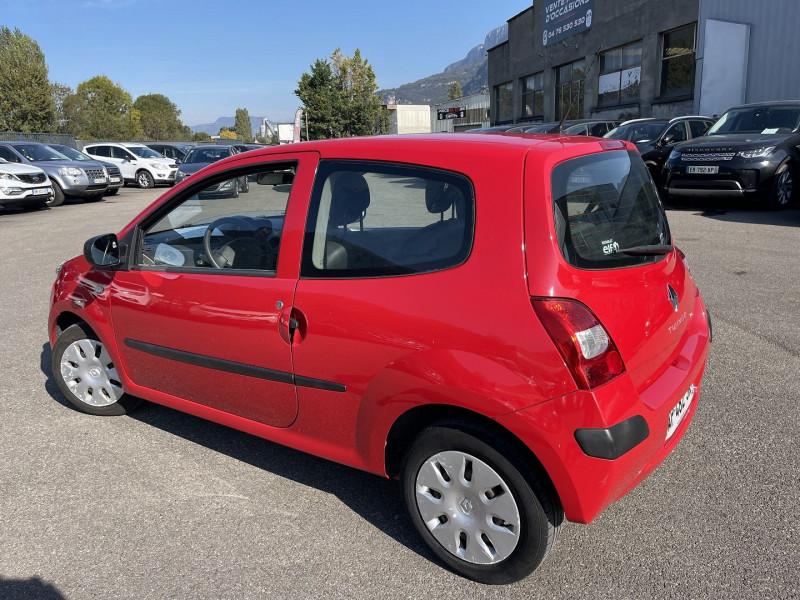 Photo 3 de l'offre de RENAULT TWINGO II 1.5 DCI 65CH AUTHENTIQUE à 5990€ chez Help car