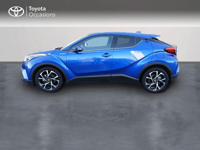 Photo 3 de l'offre de TOYOTA C-HR 122h Edition 2WD E-CVT RC18 à 22980€ chez Rizzon Auto - Toyota Guingamp