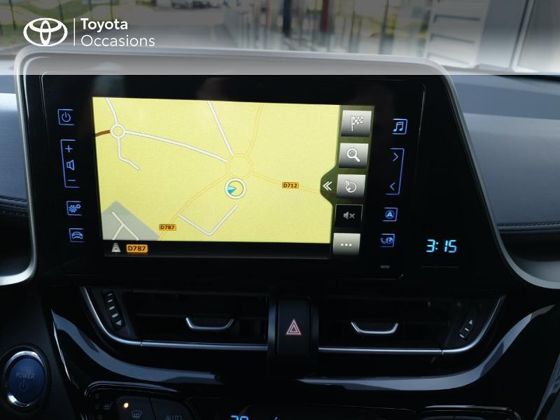 Photo 7 de l'offre de TOYOTA C-HR 122h Edition 2WD E-CVT RC18 à 22980€ chez Rizzon Auto - Toyota Guingamp