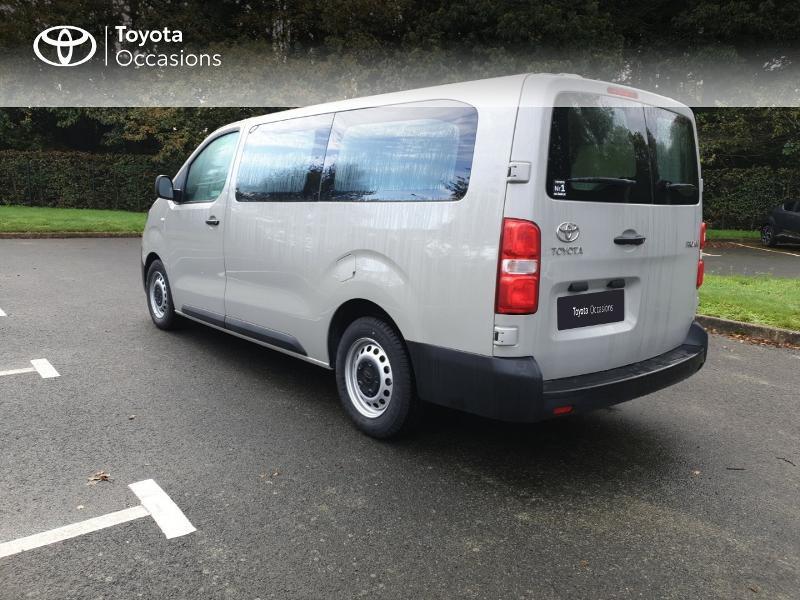 Photo 19 de l'offre de TOYOTA ProAce Verso Long 1.5 120 D-4D Dynamic RC18 à 28900€ chez Rizzon Auto - Toyota Guingamp