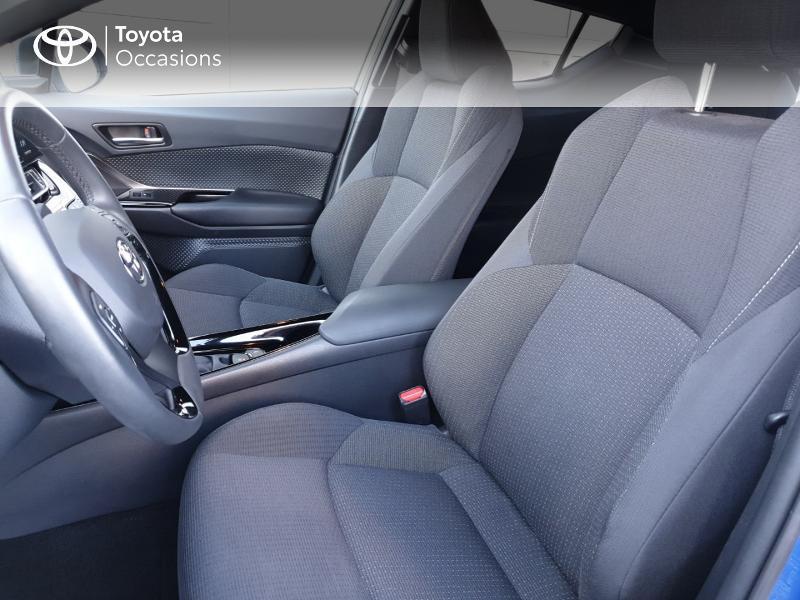 Photo 13 de l'offre de TOYOTA C-HR 122h Edition 2WD E-CVT RC18 à 22980€ chez Rizzon Auto - Toyota Guingamp