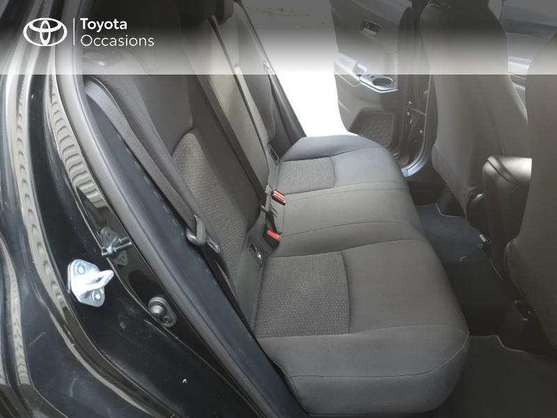 Photo 12 de l'offre de TOYOTA C-HR 122h Edition 2WD E-CVT RC18 à 21990€ chez Rizzon Auto - Toyota Guingamp