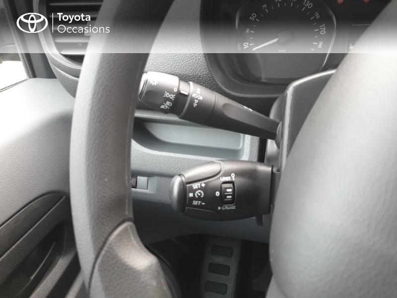 Photo 10 de l'offre de TOYOTA ProAce Verso Long 1.5 120 D-4D Dynamic RC18 à 28900€ chez Rizzon Auto - Toyota Guingamp