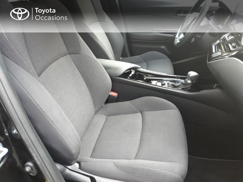 Photo 11 de l'offre de TOYOTA C-HR 122h Edition 2WD E-CVT RC18 à 21990€ chez Rizzon Auto - Toyota Guingamp