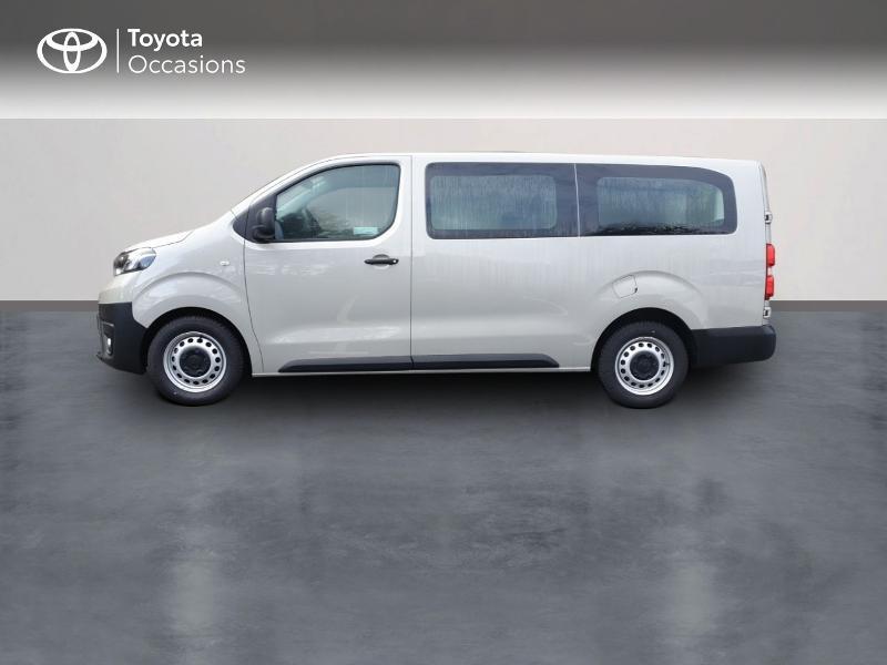 Photo 3 de l'offre de TOYOTA ProAce Verso Long 1.5 120 D-4D Dynamic RC18 à 28900€ chez Rizzon Auto - Toyota Guingamp