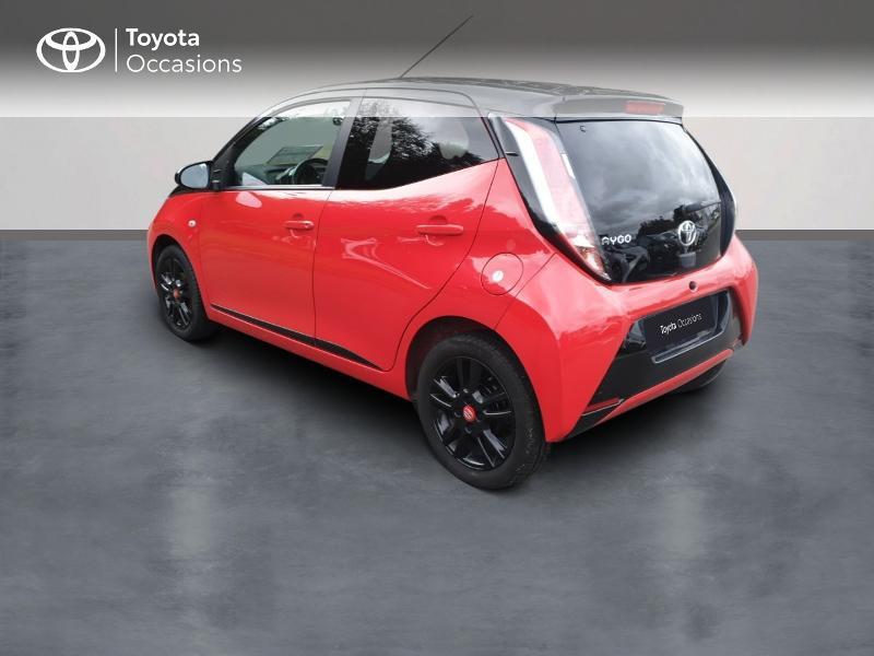 Photo 2 de l'offre de TOYOTA Aygo 1.0 VVT-i 69ch x-cite 4 5p à 8990€ chez Rizzon Auto - Toyota Guingamp