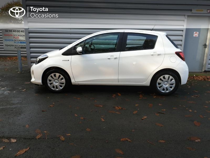 Photo 20 de l'offre de TOYOTA Yaris HSD 100h Dynamic 5p à 14980€ chez Rizzon Auto - Toyota Guingamp