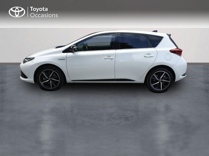Photo 3 de l'offre de TOYOTA Auris HSD 136h Collection RC18 à 18900€ chez Rizzon Auto - Toyota Guingamp