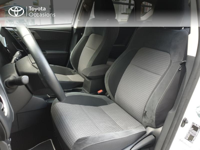 Photo 13 de l'offre de TOYOTA Auris HSD 136h Collection RC18 à 18900€ chez Rizzon Auto - Toyota Guingamp