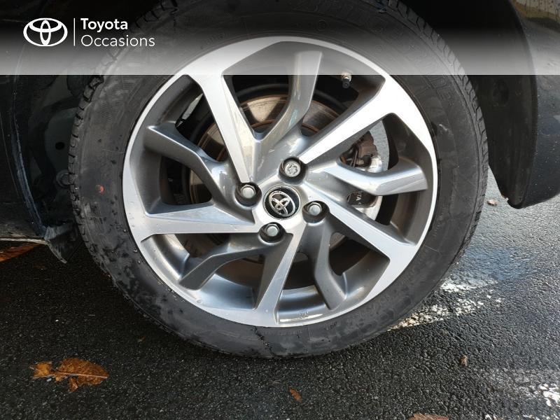 Photo 4 de l'offre de TOYOTA Yaris 100h Chic 5p à 14990€ chez Rizzon Auto - Toyota Guingamp
