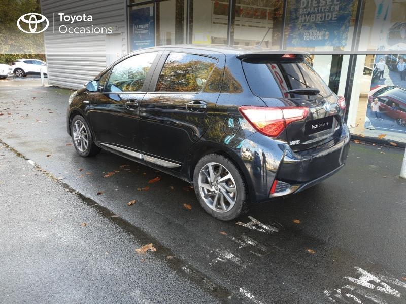 Photo 20 de l'offre de TOYOTA Yaris 100h Chic 5p à 14990€ chez Rizzon Auto - Toyota Guingamp