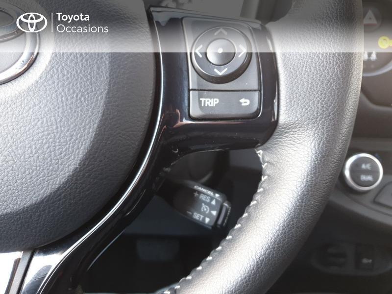 Photo 10 de l'offre de TOYOTA Yaris 100h Chic 5p à 14990€ chez Rizzon Auto - Toyota Guingamp