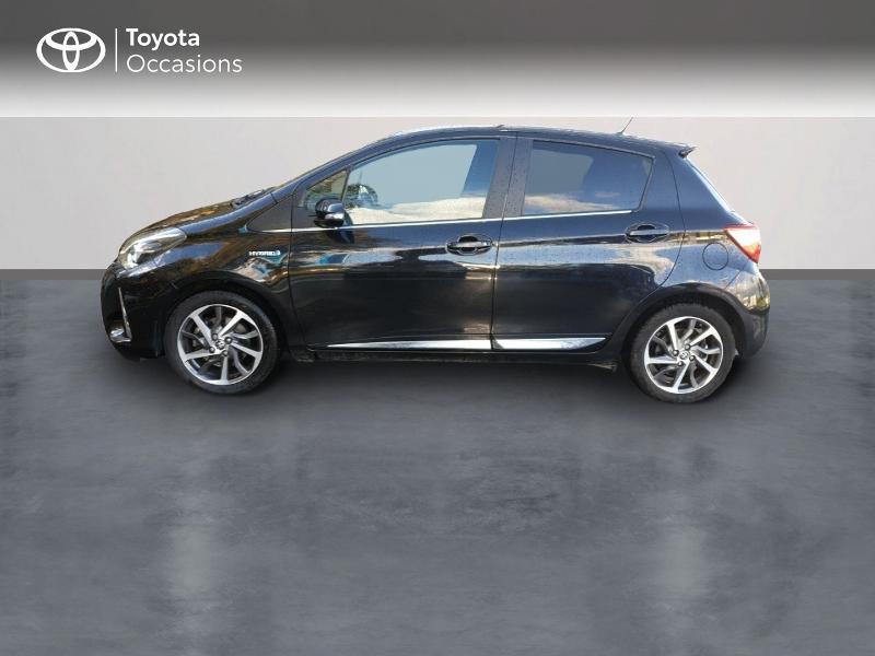 Photo 3 de l'offre de TOYOTA Yaris 100h Chic 5p à 14990€ chez Rizzon Auto - Toyota Guingamp