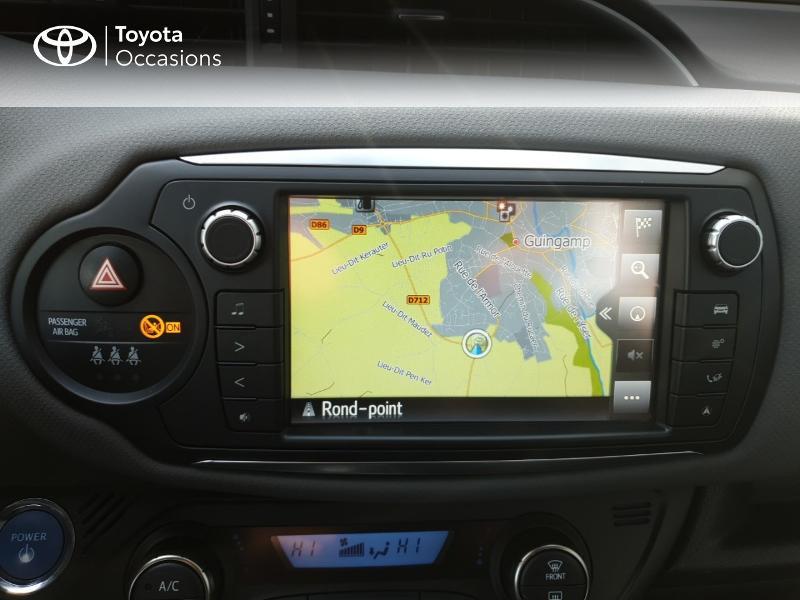 Photo 7 de l'offre de TOYOTA Yaris HSD 100h Dynamic 5p à 14980€ chez Rizzon Auto - Toyota Guingamp