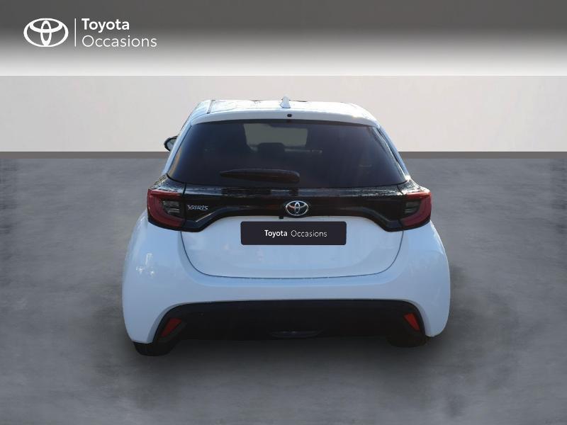 Photo 4 de l'offre de TOYOTA Yaris 70 VVT-i Design 5p à 17490€ chez Rizzon Auto - Toyota Guingamp