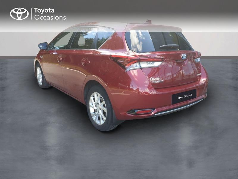 Photo 2 de l'offre de TOYOTA Auris HSD 136h Lounge à 18900€ chez Rizzon Auto - Toyota Guingamp