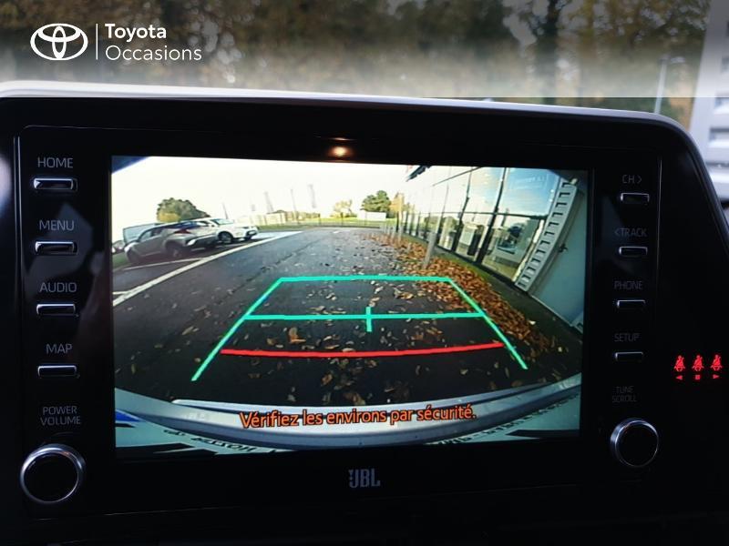 Photo 17 de l'offre de TOYOTA C-HR 122h Distinctive 2WD E-CVT MC19 à 26900€ chez Rizzon Auto - Toyota Guingamp