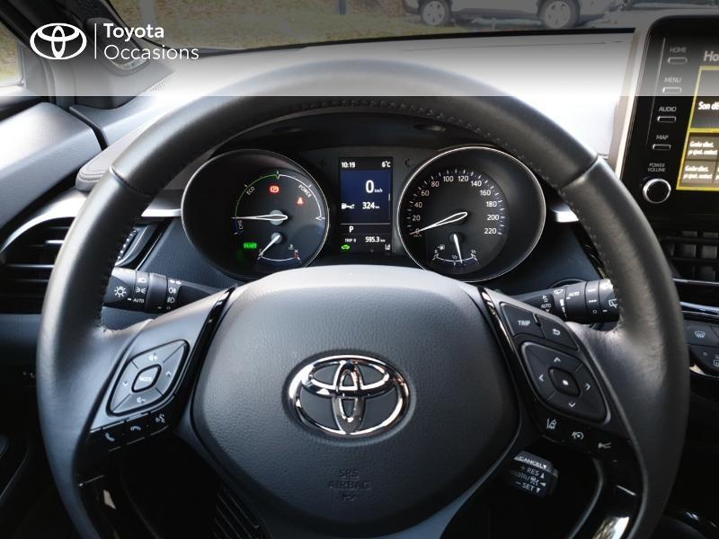 Photo 8 de l'offre de TOYOTA C-HR 122h Distinctive 2WD E-CVT MC19 à 26900€ chez Rizzon Auto - Toyota Guingamp