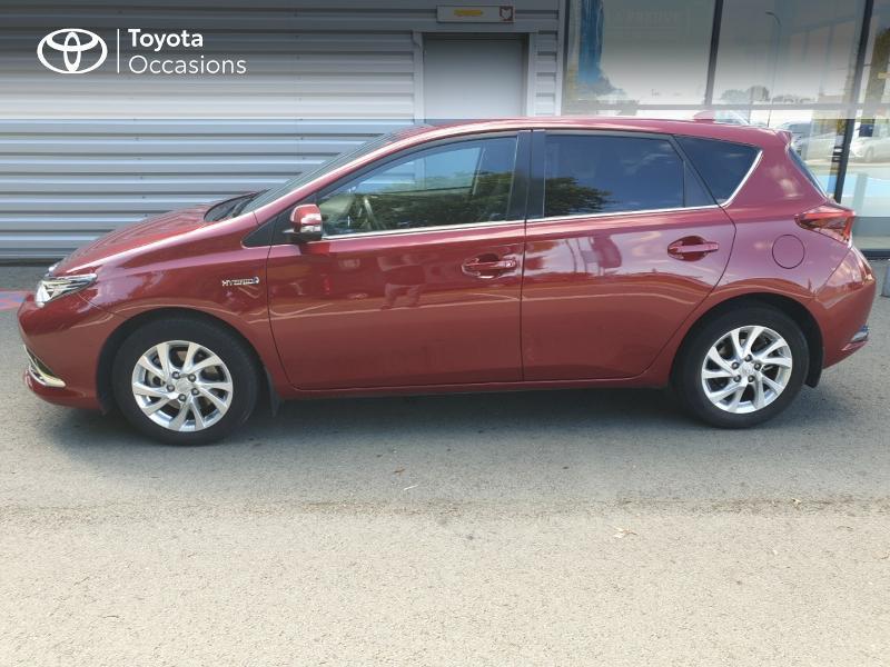 Photo 21 de l'offre de TOYOTA Auris HSD 136h Lounge à 18900€ chez Rizzon Auto - Toyota Guingamp