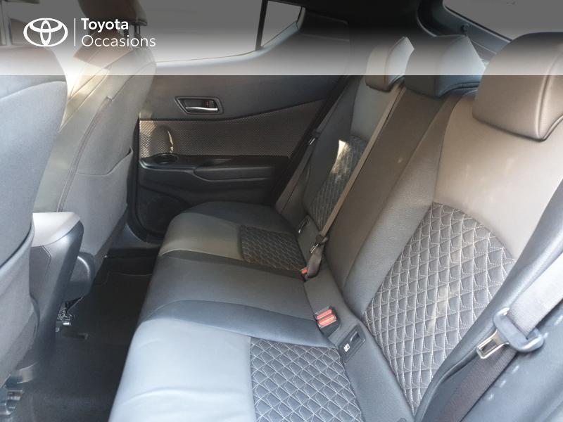 Photo 14 de l'offre de TOYOTA C-HR 122h Distinctive 2WD E-CVT MC19 à 26900€ chez Rizzon Auto - Toyota Guingamp