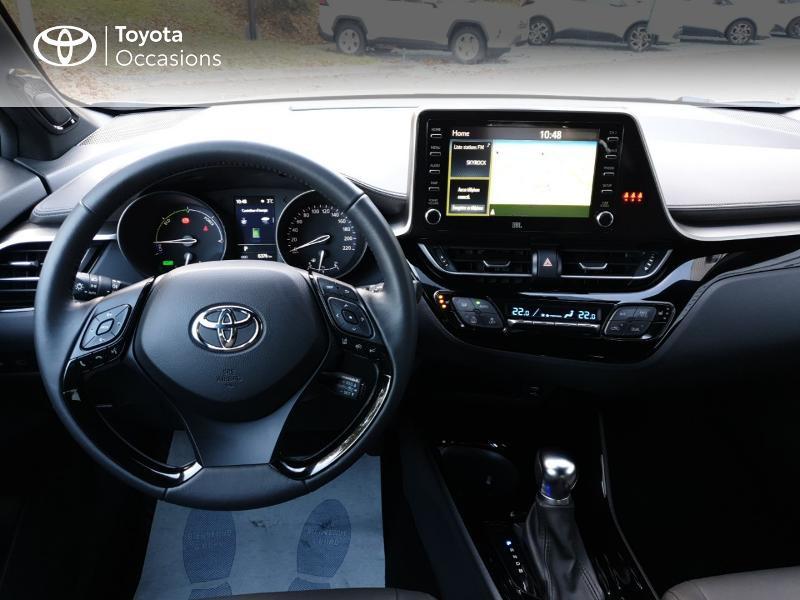 Photo 5 de l'offre de TOYOTA C-HR 122h Distinctive 2WD E-CVT MC19 à 26900€ chez Rizzon Auto - Toyota Guingamp