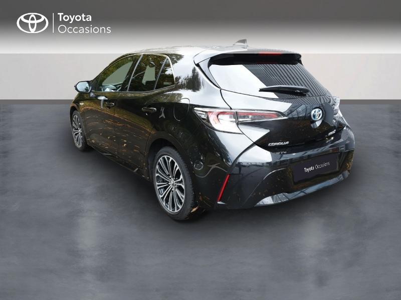 Photo 2 de l'offre de TOYOTA Corolla 122h Design à 22490€ chez Rizzon Auto - Toyota Guingamp