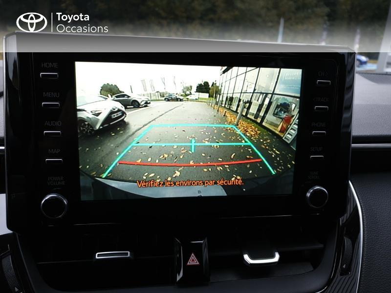 Photo 17 de l'offre de TOYOTA Corolla 122h Design à 22490€ chez Rizzon Auto - Toyota Guingamp