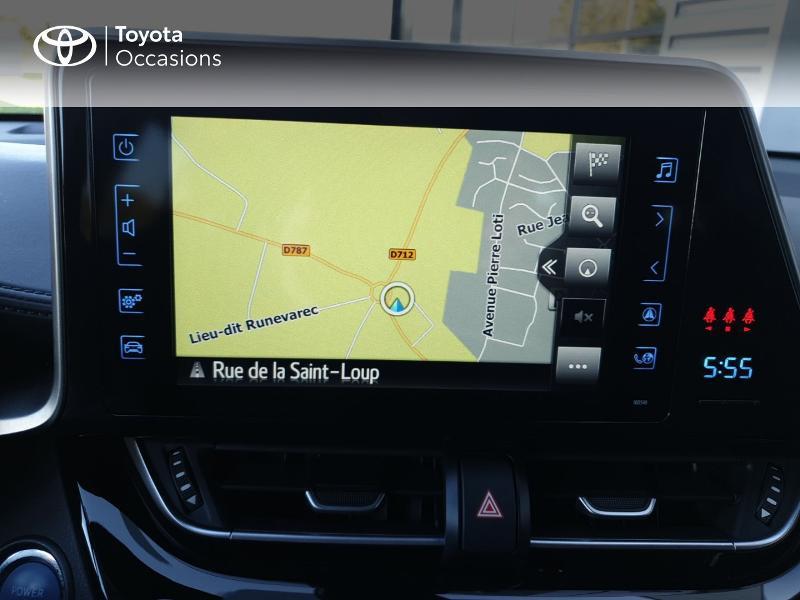 Photo 7 de l'offre de TOYOTA C-HR 122h Edition 2WD E-CVT RC18 à 21490€ chez Rizzon Auto - Toyota Guingamp
