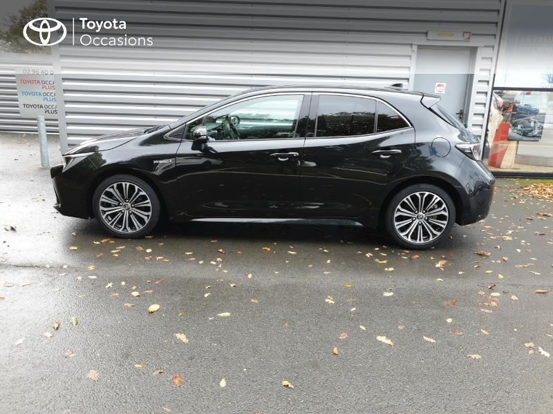 Photo 21 de l'offre de TOYOTA Corolla 122h Design à 22490€ chez Rizzon Auto - Toyota Guingamp