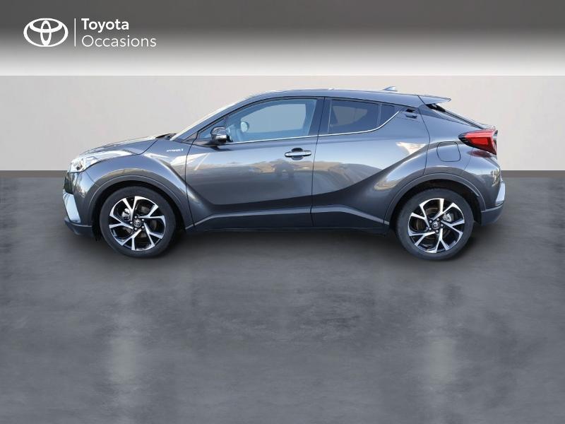 Photo 3 de l'offre de TOYOTA C-HR 122h Edition 2WD E-CVT RC18 à 21490€ chez Rizzon Auto - Toyota Guingamp