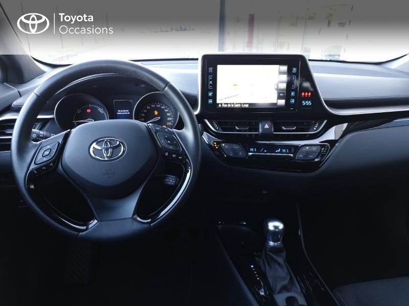 Photo 5 de l'offre de TOYOTA C-HR 122h Edition 2WD E-CVT RC18 à 21490€ chez Rizzon Auto - Toyota Guingamp