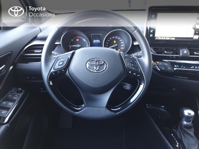 Photo 6 de l'offre de TOYOTA C-HR 122h Edition 2WD E-CVT RC18 à 21490€ chez Rizzon Auto - Toyota Guingamp