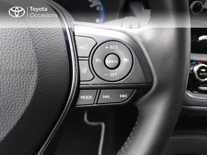 Photo 10 de l'offre de TOYOTA Corolla 122h Design à 22490€ chez Rizzon Auto - Toyota Guingamp