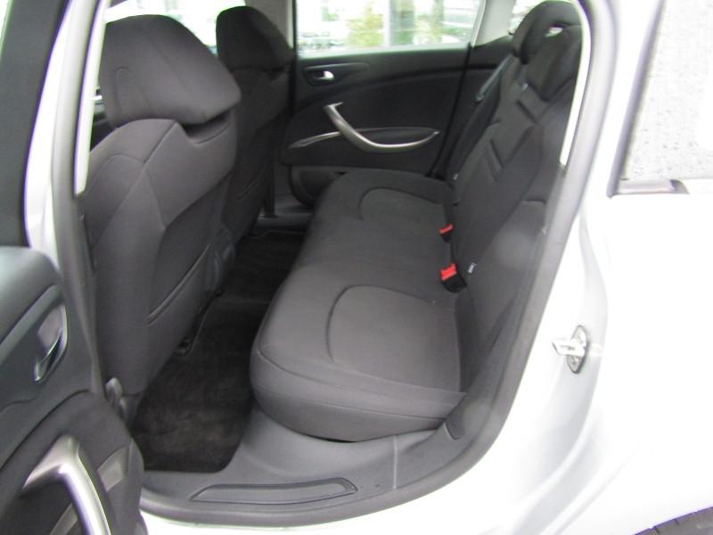 Photo 5 de l'offre de CITROEN C5 2.0 HDI140 FAP  BUSINESS à 9490€ chez Carre automobiles