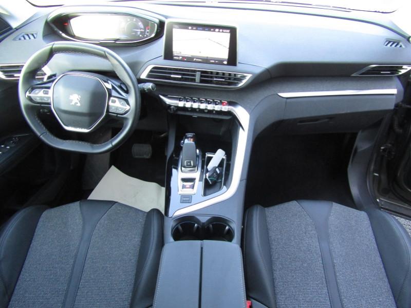 Photo 8 de l'offre de PEUGEOT 5008 1.5 BLUEHDI 130CH E6.C ALLURE S&S EAT8 à 31490€ chez Carre automobiles
