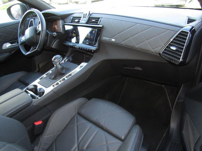 Photo 4 de l'offre de DS DS 7 CROSSBACK BLUEHDI 130CH RIVOLI à 34490€ chez Carre automobiles