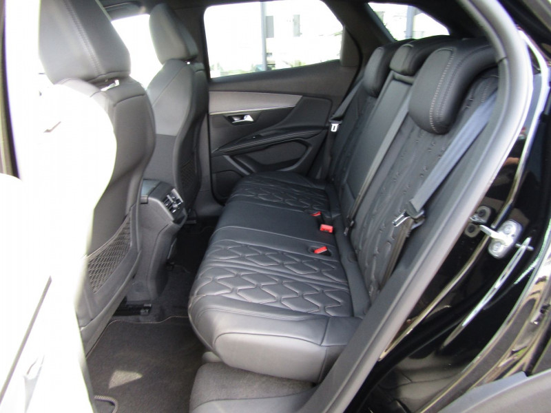 Photo 5 de l'offre de PEUGEOT 3008 2.0 BLUEHDI 180CH S&S GT EAT8 à 39690€ chez Carre automobiles