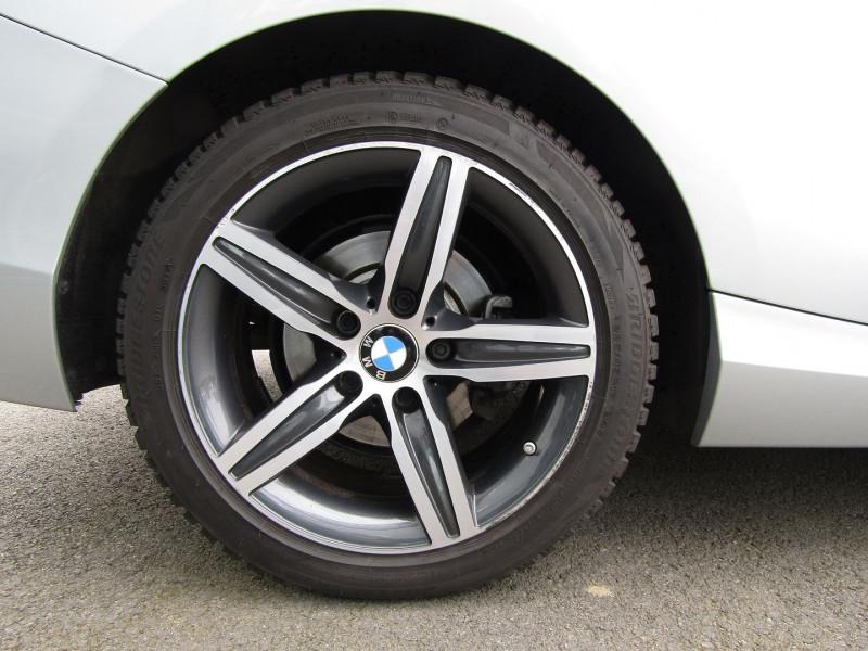 Photo 3 de l'offre de BMW SERIE 2 CABRIOLET (F23) 218D 136CH SPORT à 21890€ chez Carre automobiles