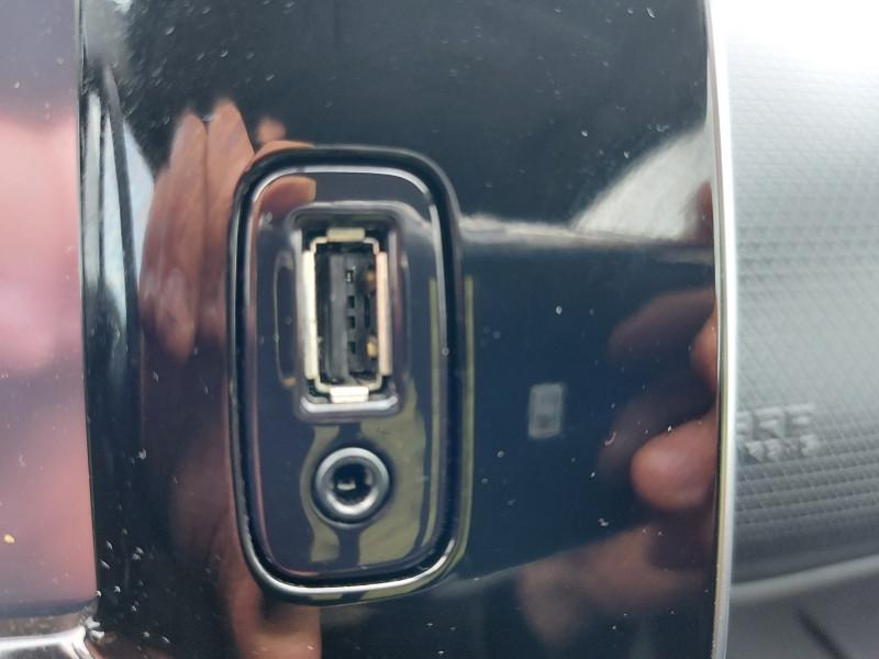 Photo 13 de l'offre de RENAULT CLIO IV ESTATE 1.5 DCI 90CH ENERGY BUSINESS EURO6C à 11500€ chez Even VO