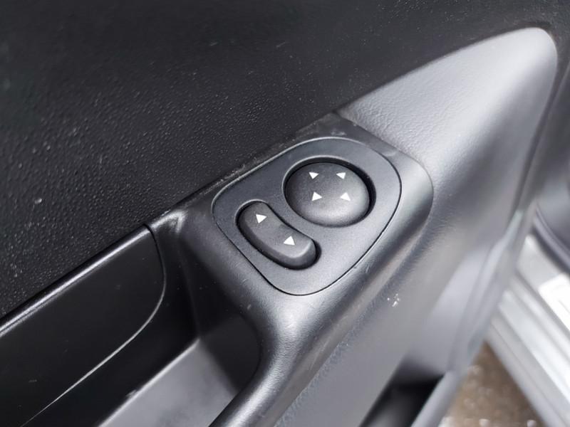Photo 26 de l'offre de FIAT 500 0.9 8V TWINAIR 85CH S&S GQ à 9000€ chez Even VO