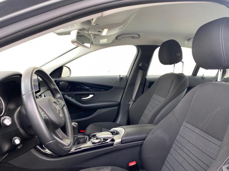 Photo 2 de l'offre de MERCEDES-BENZ CLASSE C (W205) 180 D BUSINESS à 16490€ chez Le Fourchêne Automobiles