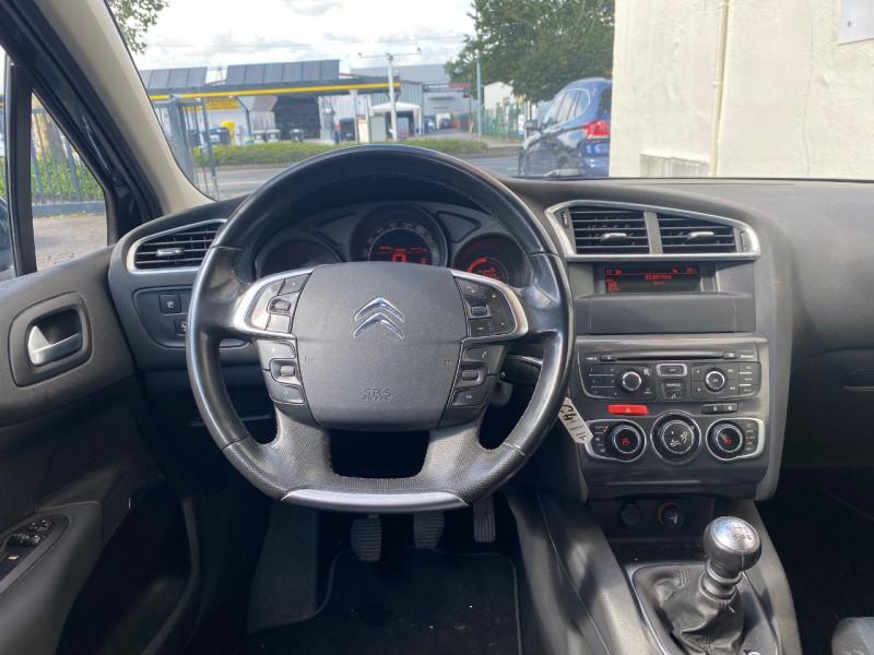 Photo 3 de l'offre de CITROEN C4 1.6 E-HDI110 FAP EXCLUSIVE  5P à 7890€ chez Le Fourchêne Automobiles