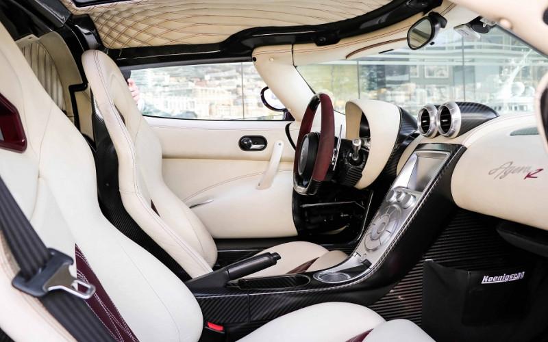 Photo 12 de l'offre de KOENIGSEGG AGERA R CABRIOLET à 2200000€ chez Stars Monte Carlo
