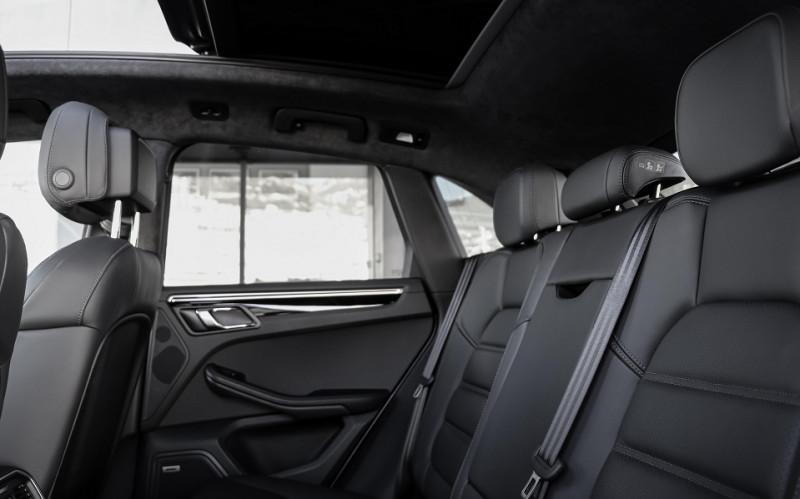 Photo 11 de l'offre de PORSCHE MACAN 2.9 V6 440CH TURBO PDK EURO6D-T EVAP ISC à 108000€ chez Stars Monte Carlo