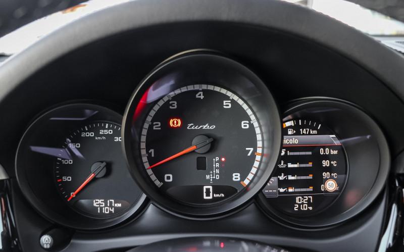 Photo 14 de l'offre de PORSCHE MACAN 2.9 V6 440CH TURBO PDK EURO6D-T EVAP ISC à 108000€ chez Stars Monte Carlo