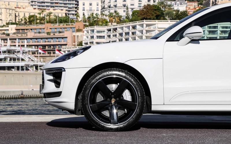 Photo 8 de l'offre de PORSCHE MACAN 2.9 V6 440CH TURBO PDK EURO6D-T EVAP ISC à 108000€ chez Stars Monte Carlo